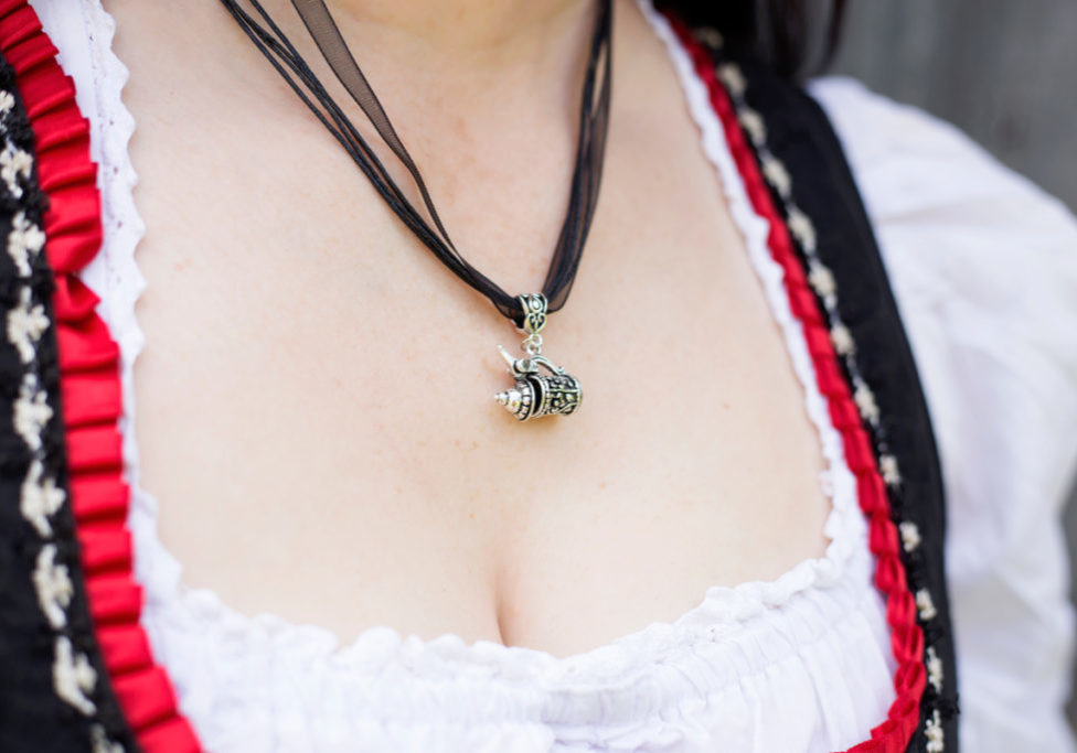 Bier Stein Necklace_1200x800